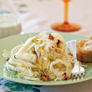 Cabbage and Pear Salad with Green Dressing