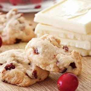 Autumn Cranberry-White Chocolate Cookies
