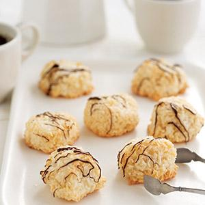 Chocolate-Drizzled Coconut Macaroons