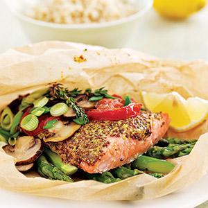 Salmon-Asparagus Packets