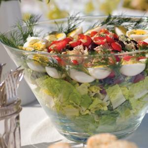 Layered Nicoise Salad with Lemon Dill Dressing