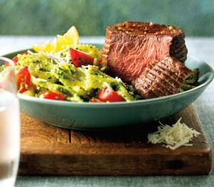Top Sirloin Filets with Spinach-Lemon Pesto Pasta