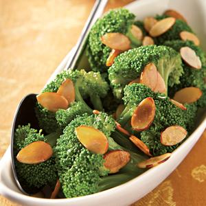 Broccoli Florets with Almonds