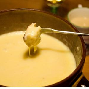 Irish Cheddar and Guinness Stout Fondue