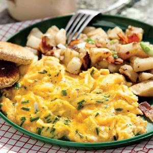 Cheddar Chive Scrambled Eggs