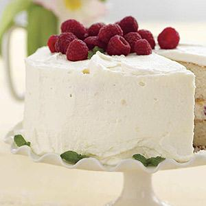 Raspberry-White Chocolate Mousse Cake