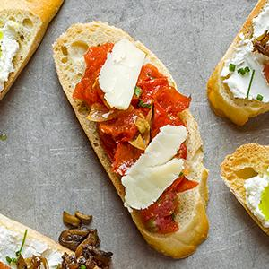 Slow-Roasted Tomato and Cheddar Crostini